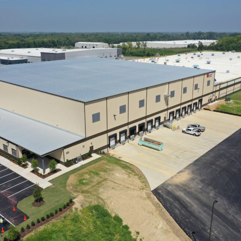 70,000 SF Office/Warehouse